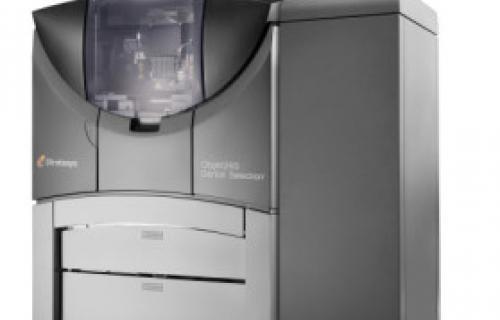 L'orthodontie numérique passe un nouveau cap avec l'imprimante 3D Objet260 Dental Selection