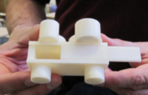 L'imprimante 3D uPrint pour des solutions créatives d'éducation
