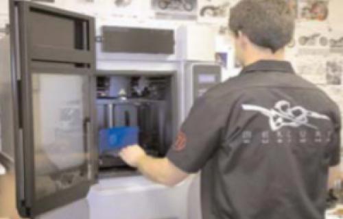 Le prototypage rapide permet de livrer rapidement des pièces moto sur-mesure