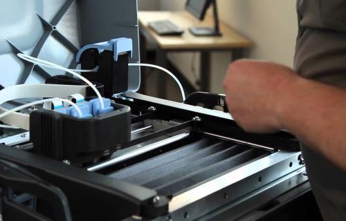 1 technicien Imprimantes 3D