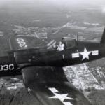 Restauration d'un avion datant de la seconde guerre mondiale
