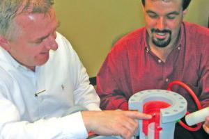 Ces commerciaux utilisent des modèles imprimés en 3D plutôt que des plaquettes commerciales