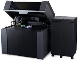 Imprimante 3D : Stratasys J750